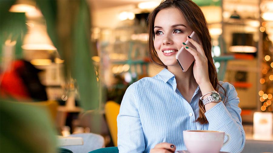 Sorridere e chiamare i clienti per nome fa vendere